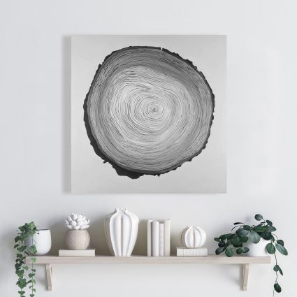 Grayscale round shaped tree slab